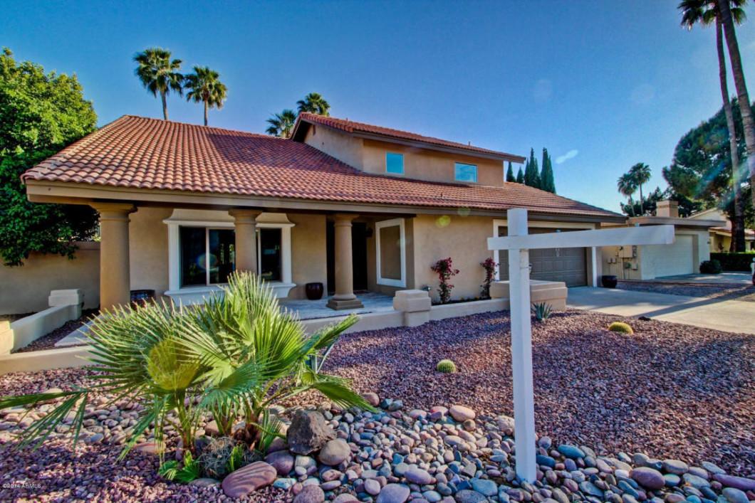 Morgon Hodges and Josh Hintzen - The MoJo Team Scottsdale Real Estate Services